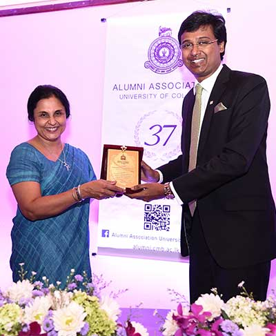 The Colombo University Alumni Felicitate – Vice Chancellors