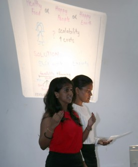 Presentations by the teams