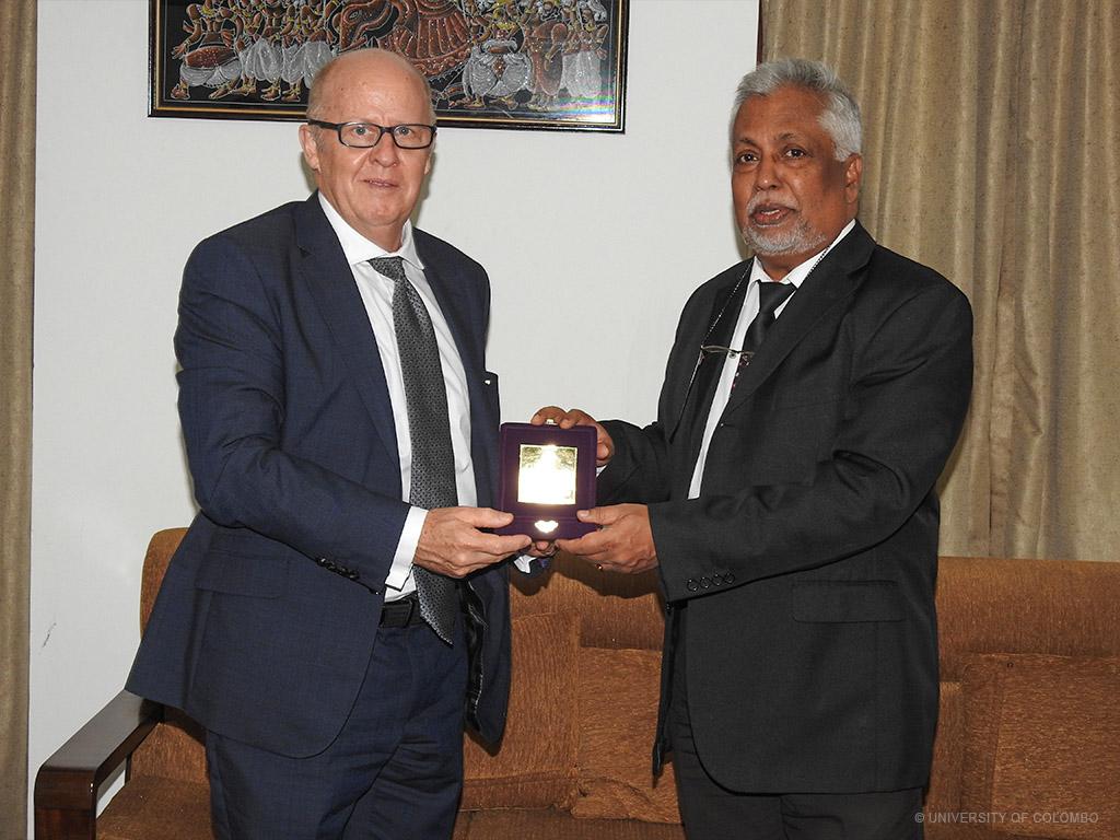 Deputy Vice Chancellor,  QUT visits University of Colombo