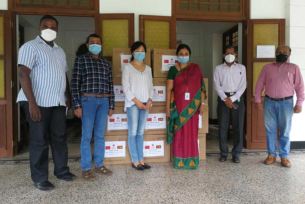 Chinese Embassy in Sri Lanka donates 11000 medical masks