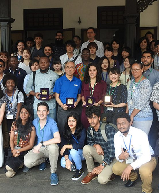 World Youth from Nippon Maru: Ship for World Youth visits University of Colombo